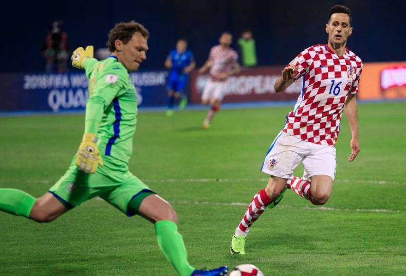 足球世界杯即将开幕 乌鲁木齐机场海关首次查获侵犯商标权物品
